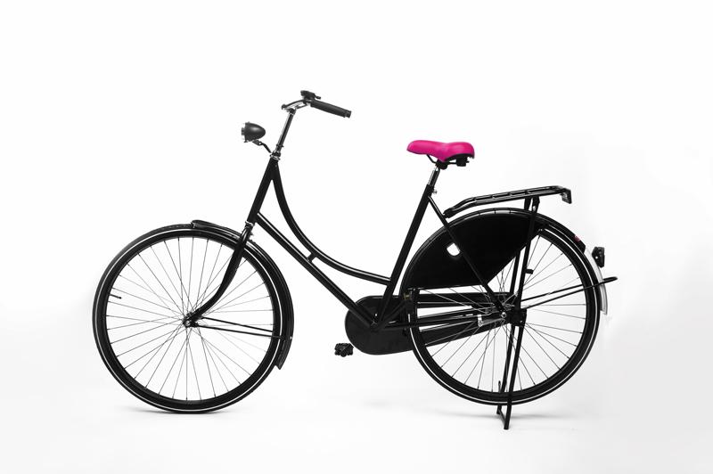 Roze fietszadel van Heer Zadel op de fiets